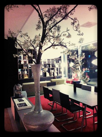 citizenM Amsterdam : Funky and relaxing