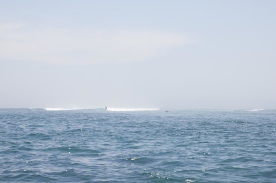 Sanur Beach : океан