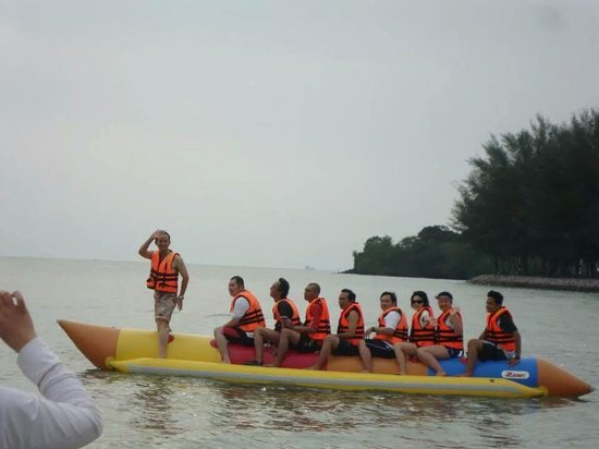 Bayu Beach Resort Port Dickson: バナナボート
