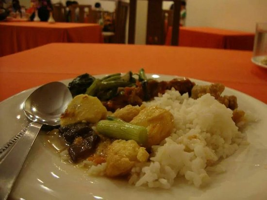 Bayu Beach Resort Port Dickson: dinner
