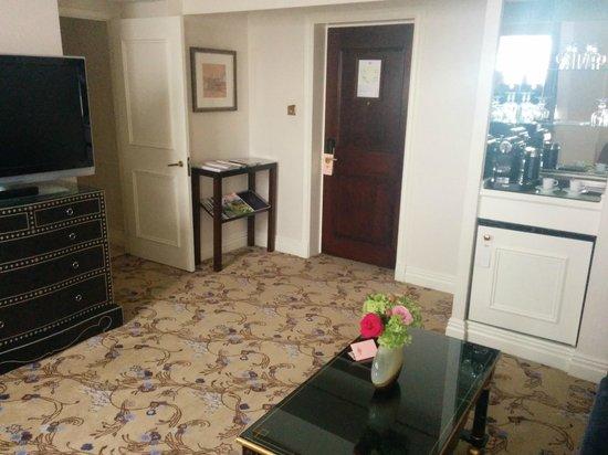 The Langham, London: Living Room 2