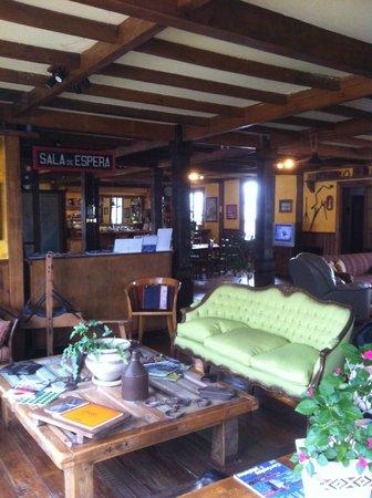 Patagonia Rebelde : Vista general del estar. A la izquierda el acceso.