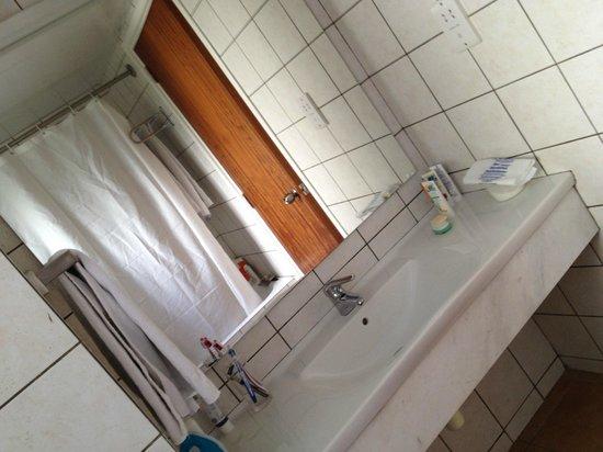 Avanti Holiday Village: Ванная комната