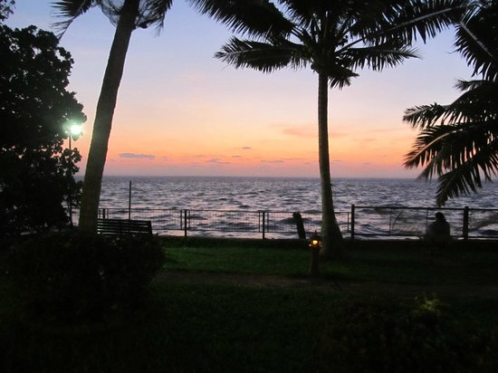 Abad Whispering Palms Lake Resort: Lakeview