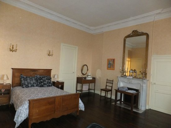 Ferme de Bonavis : The Mozart Room