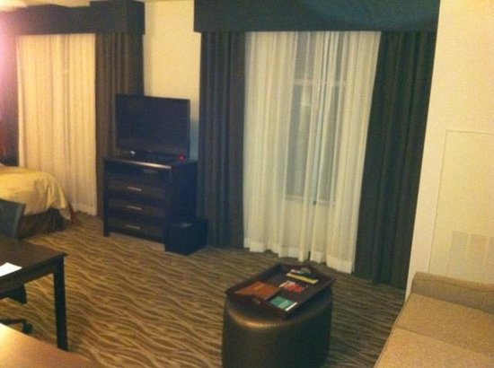 Homewood Suites by Hilton Doylestown: Flat screen TV