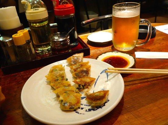 Senmonten: meat gyoza and tofu gyoza!