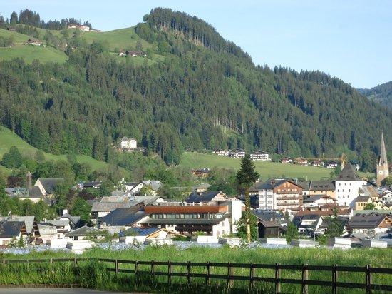 A-ROSA Resort Kitzbühel: Вид на город