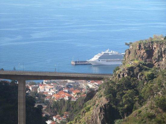 Teléferico de Funchal: Funchal - La funivia - Il porto visto dall'alto