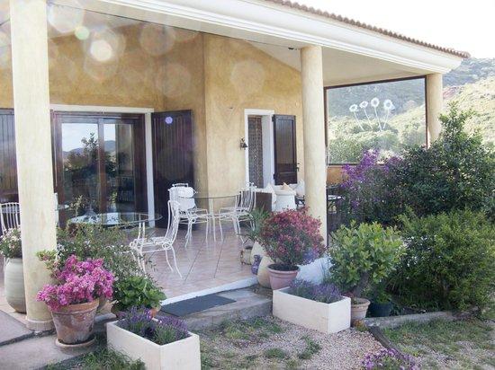 Bed & Breakfast Monteruiu: Terrasse