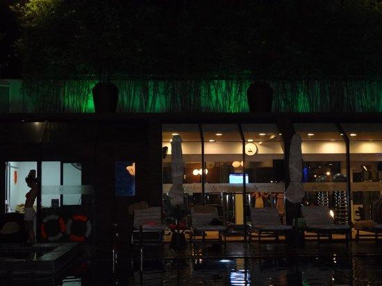 TTC Hotel Premium - Michelia : Тренажерный зал у басейна