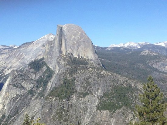 Blackberry Inn at Yosemite: Glacier Point view of the Half Dome