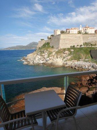 Hotel Saint Christophe : vue du balcon au bout de l'hotel