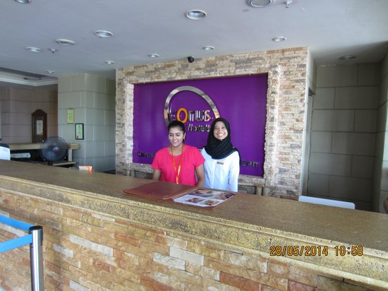 Corus Paradise resort: Friendly Front Office Staff