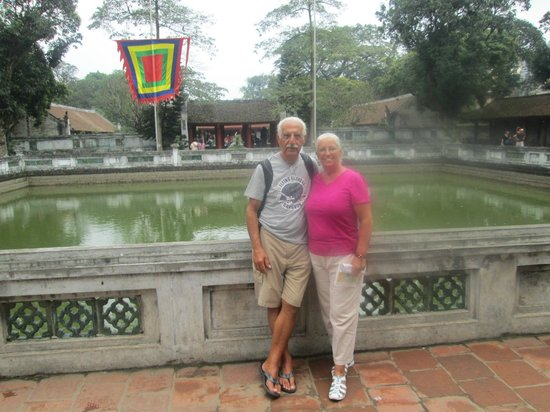 Temple de la Littérature de Hanoï : Pagoda