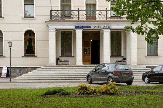 Kolonna Hotel Cesis : Wel veilig parkeren