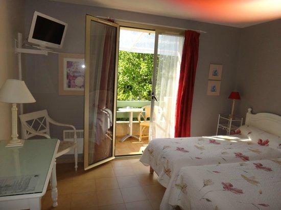 L'Acqua Viva Hotel: la chambre sur l'arrière