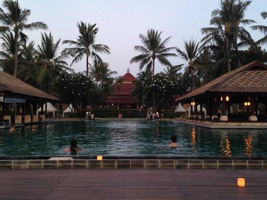 INTERCONTINENTAL Bali Resort: kolam renang yang indah