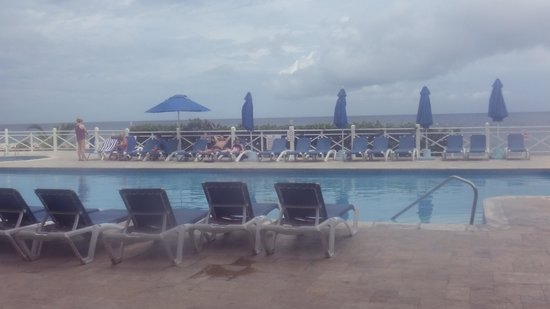Sunscape Splash Montego Bay : Beautiful even with the clouds overhead