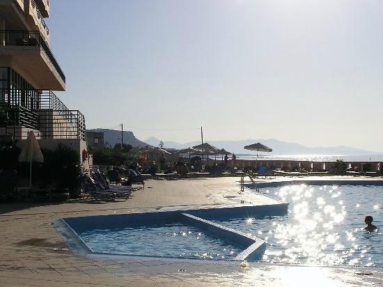 Hotel Themis Beach: view
