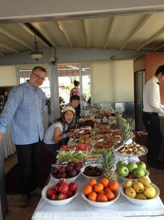 Best Point Suites: Breakfast Buffet on the roof - yum yum