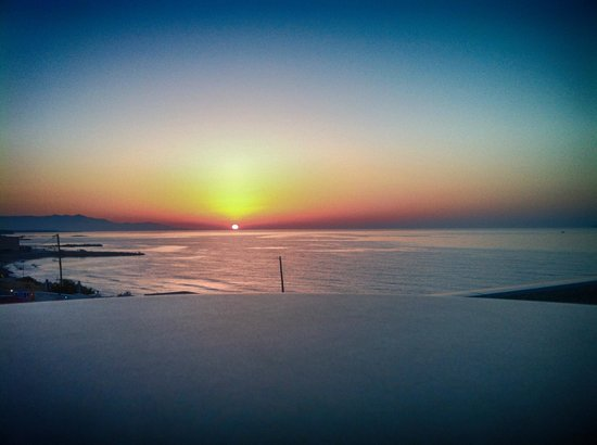 Hotel Themis Beach: sunset