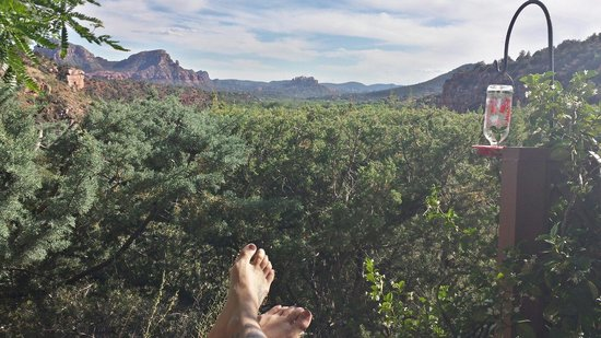 Sedona Views Bed and Breakfast : View from Sedona Serenade room