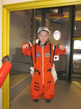 Lincoln Children's Museum: space station
