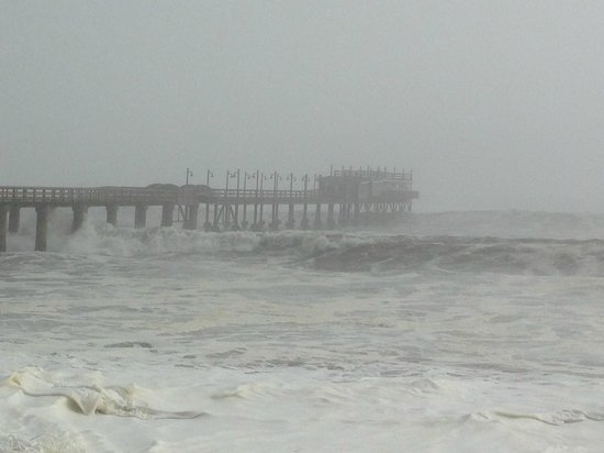 Jetty 1905 : Today the waves where too high for the Jetty...