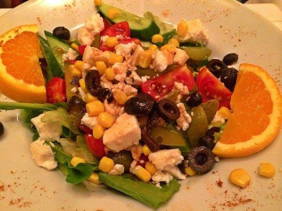 istanbul anatolia cafe and restaurant: Yummy salad