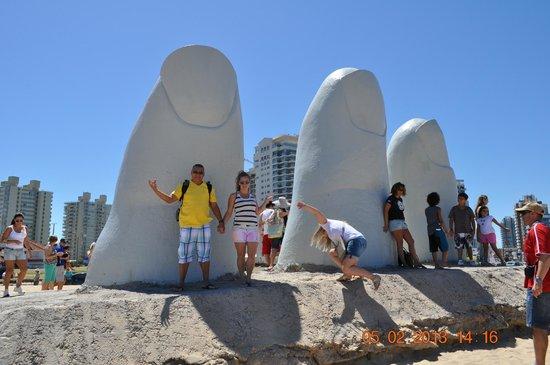 Los Dedos Playa Brava: la mano