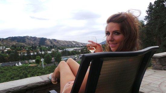 Silvara Vineyards : Loved the view