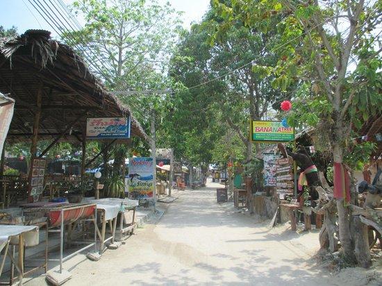 The Box - Lipe Resort: calle koh lipe, peatonal
