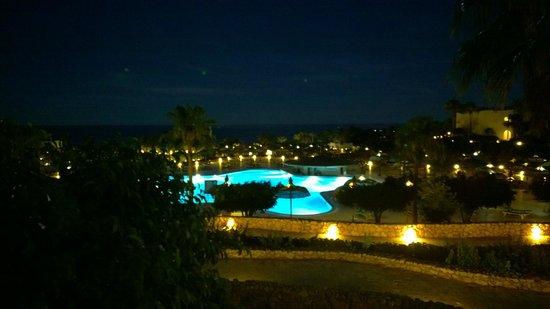 Domina Coral Bay Sultan : Ночной вид из  номера