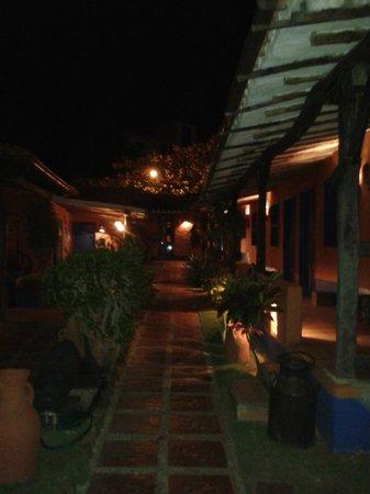 Costa Linda Beach: hotel de noche