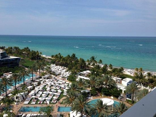 Fontainebleau Miami Beach: Sorrento balcony view