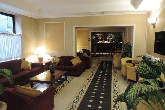 Hotel Corona D'Italia : Lobby