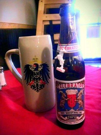 Rheinblick German Restaurant: Great German beer