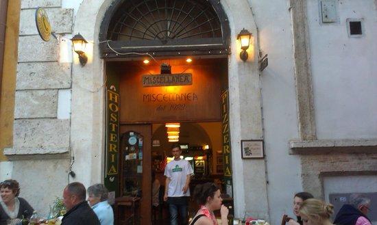 Miscellanea: obok plac z Panteonem ....i nie tylko ...