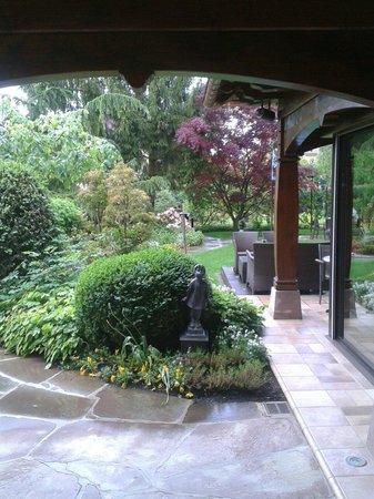 Le Parc Hotel Restaurant & Spa: Le jardin