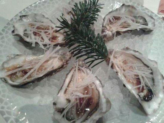 Le Parc Hotel Restaurant & Spa: Les huîtres au yuzu
