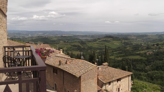 La Cisterna Hotel: The view from the balcony of Room 60