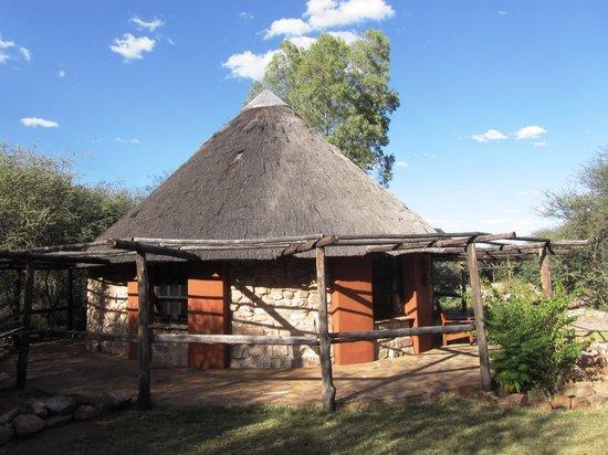 Okambara Elephant Lodge: Rondell