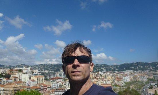 Palais des Festivals et des Congres of Cannes: На фоне города ;-)