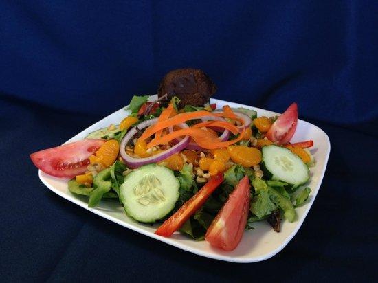 The Purple Onion Cafe: Purple Onion Cafe Salad