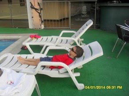San Fernando Real Hotel: QUE   DESCANSO !!