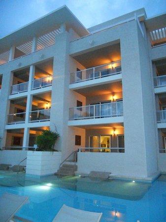 Paradisus Playa Del Carmen La Esmeralda: habitaciones con salidas directas a la piscina
