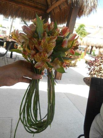 Paradisus Playa Del Carmen La Esmeralda: arreglo floral - actividades