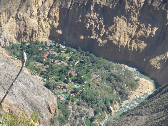 oasis sangalle: View of the oasis from the trail