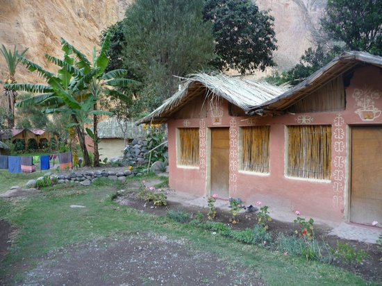 oasis sangalle: Huts